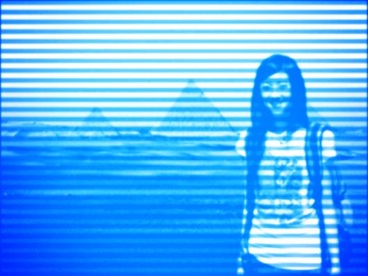 PS教程:用滤镜库制作抽丝效果照片